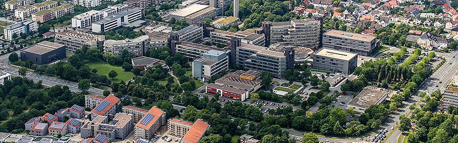 Die Universität Paderborn – Ansicht von Südost. (Juni 2018)