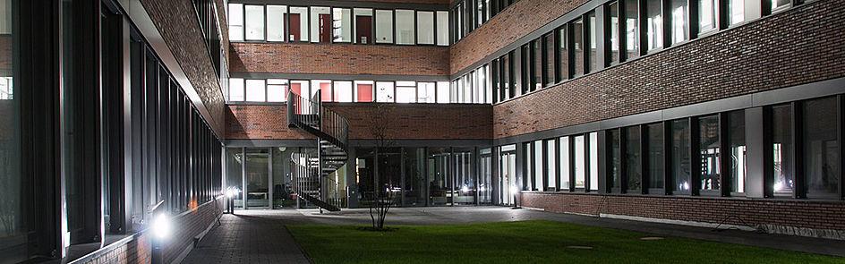 Der Innenhof des Gebäudes Q.