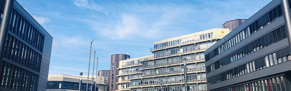 Gebäude der Universität (Foto: Cinderella Welz, Universität Paderborn)