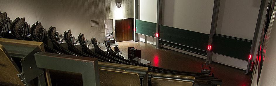 So ruhig wie nachts ist es im Hörsaal C1 nur selten.