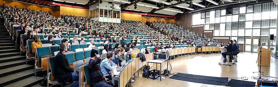 Erstsemesterbegrüßung zum Sommersemester 2018 im Auditorium maximum.