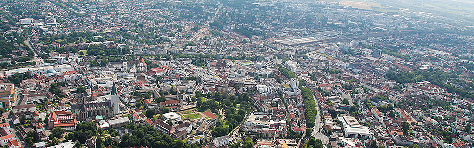 Die Paderborner Innenstadt und der Dom – Ansicht von Nordost. (Juni 2018)